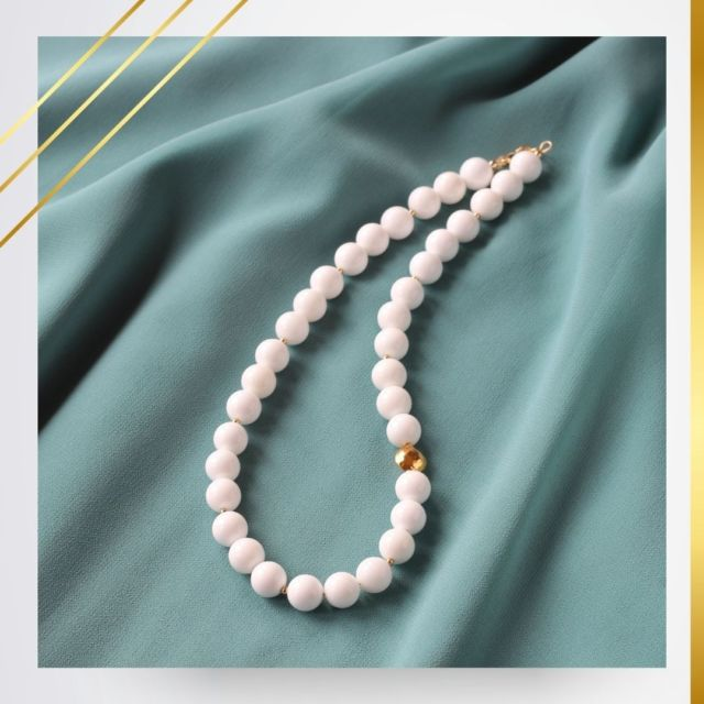 This week I'll share some of the summer designs from previous years. Tridacna is definitely the gemstone you need for your sun kissed skin ☀️ 😉. It is pure white in colour and the gemstone will stand out beautifully on your tanned skin.  It is known as one of the seven treasures of Buddhism. Wearing tridacna jewellry can calm the spirit and remove negative energy.  #tridacna #gemstonenecklace #irishjewellery #irishcraft #irishdesign #madelocal #ilgemstones #whitenecklace #fashioniover40 #styleover40 #summerjewellery #handmadejewellery #handmadeinireland