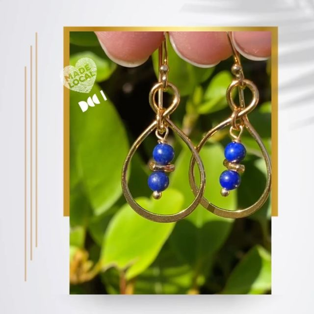 """Did you know that Lapis Lazuli is a rock made of three minerals?  Lazurite is the most important one. Lazurite forms the bulk of a Lapis rock and is also responsible for the gemstone's deep blue colour.  To be called """"Lapis Lazuli"""", a rock must have a distinctly blue colour. It must contain at least 25% blue lazurite. There are two more important mineral components of Lapis. Pyrites make speckles of yelllow. Calcite adds white intrusions.   #lapislazuli #lapisearrings #irishjewellery #irishdesign #madelocal #irishcraft #handmadeinireland #ilgemstones #styleover40 #fashionover40 #gemstoneearrings #blueearrings"""